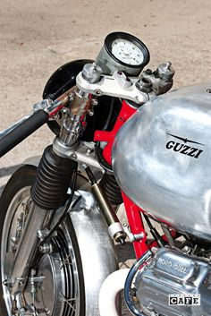 "Moto Guzzi Bomb 17 - <a href=""http://www.specialcafe.it"" rel=""nofollow"" target=""_blank"">www.specialcafe.it</a>"