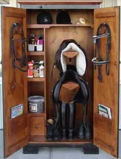 Awesome tack locker!