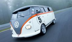 Fred Bernhard's Kombi with 993 porsche engine!!!