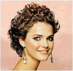 16 Short Hairstyles for Thick Curly Hair: Keri Russell Thick Curly Short Hairstyle Short Curly Hairstyles For Women, Short Sassy Haircuts, Haircuts For Curly Hair, Short Curly Styles, Short Hair Cuts For Women, Curly Hair Styles, Cool Hairstyles, Curly Short, Short Curls