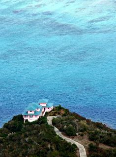 House and caribbean blues, Virgin Gorda | British Virgin Islands (by Zé Eduardo…)