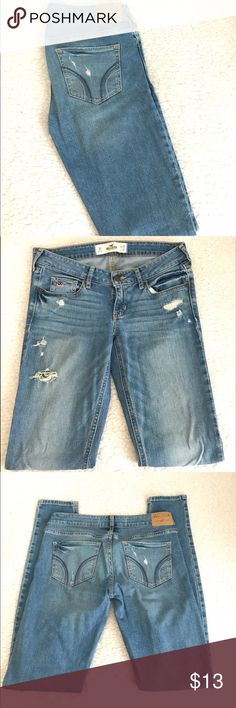 👖Hollister skinny jeans 👖 Beautiful pre-owned skinny jeans || Excellent condition || Inseam 31 || Low rise || Perfect for spring Hollister Jeans Skinny