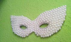 Penteadeira da Ana: Máscara de pérolas para decoração
