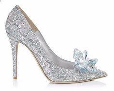 ad24e3303c4 2017 New High Rhinestone boty Popelka boty Ženské pumpy Pointed toe Žena  Crystal Svatební boty 7cm nebo 9cm paty velké velikosti