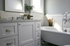 Traditional Bathroom beadboard bathrooms Design Ideas, Pictures, Remodel and Decor