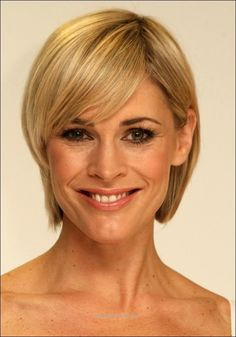 Short Hairstyles for Round Faces … of the short hairstyles for oval faces http://www.tophaircuts.us/2017/05/19/short-hairstyles-for-round-faces/