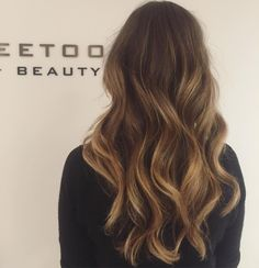 """Niz  on Instagram: """"In love with my balayage @romydevos_ thank you so much!! """""""