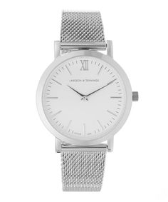 765401918134 Featuring a polished stainless steel 33mm casing and a white dial