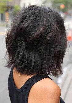Have a look at these awesome short haircuts for women to show off in year 2020. If you want to wear trendy haircut styles for modern hair look then we are here to provide you fantastic short haircuts according to modern personality nowadays. This is really chic look for every woman to wear nowadays. Trendy Haircuts, Modern Hairstyles, Pixie Haircuts, Hairstyles Haircuts, Short Haircut Styles, Natural Hair Styles, Long Hair Styles, Short Hair Cuts For Women, Every Woman