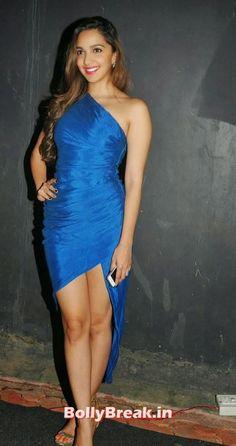 Bollywood Actress Kiara Advani Milky Legs Hot Photos in Blue Gown Dress - Kiara Advani Latets hot hd photos in blue dress. Kiara Advani hot legs images in Dress without sleeves , #kiaraadvani #milkylegs #legs #photogallery #bollybreak #bollywood #india #indian #mumbai #fashion #style #bollywoodfashion #bollywoodmakeup #bollywoodstyle #bollywoodactress #bollywoodhair
