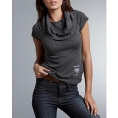 """""""Size: Parasuco Cowl Neck T-Shirt Size M original brand name Parasuco item Apparel product type T-Shirt Condition brand new Fit classic fit Gender women Material 100% cotton Neck Type cowl neck Sleeves short sleeves Style # 8bianca size M"""""""