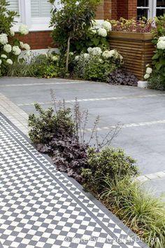 Kate Eyre Garden Design offers an excellent front garden design and landscaping service in London. Garden Hedges, Garden Path, Garden Ideas, Victorian Front Garden, Cedar Trellis, Flower Hedge, Small Front Gardens, Natural Stone Wall, The Neighbor
