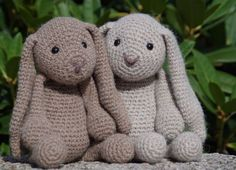 Mesmerizing Crochet an Amigurumi Rabbit Ideas. Lovely Crochet an Amigurumi Rabbit Ideas. Crochet Mandala Pattern, Crochet Beanie Pattern, Crochet Flower Patterns, Crochet Baby Booties, Rabbit Crafts, Rabbit Toys, Crochet Rabbit, Crochet For Kids, Amigurumi Doll