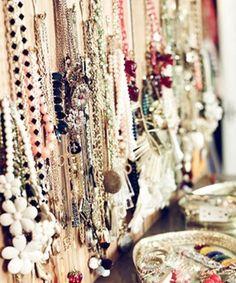 75 Creative Ways To Organize Your Jewelry : Lucky Magazine