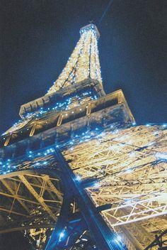 Illumination: Paris   Eiffel Tower   France