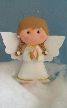 Anjo Angel Crafts, Christmas Projects, Felt Crafts, Holiday Crafts, Angel Ornaments, Felt Ornaments, Elf Decorations, Christmas Decorations, Felt Angel