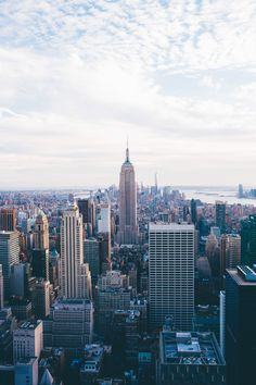 My New York City favorites. Go To New York, New York City, Empire State Building, Central Park, Places To Travel, Places To See, City Aesthetic, World Cities, Concrete Jungle