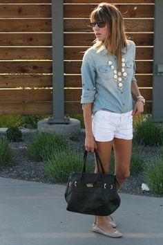 Chambray shirt, white shorts, loud necklace, flats, black bag, big sunglasses