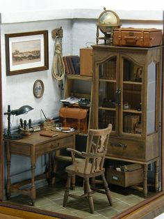 A journey through the world of my favorite dollhouses' miniatures (and some of my creations) Vitrine Miniature, Miniature Rooms, Miniature Crafts, Miniature Houses, Miniature Furniture, Doll Furniture, Dollhouse Furniture, Small World, Little Houses