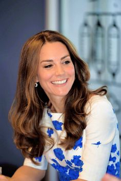 """thecambridgees: """"""""Catherine, Duchess of Cambridge visits Youthscape on August…"""