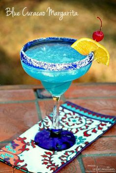 Blue Curacao Margarita ~ 1oz fresh squeezed lime juice, 1oz blue curacao, 1 1/2 tequilla     Enjoy!