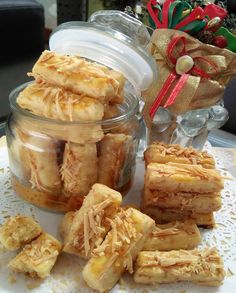 Eggless Kastangels by Titik Hariyanti Cookie Recipes, Snack Recipes, Snacks, Edam Cheese, Turnip Cake, Recipe Please, Indonesian Food, Different Recipes, Cheese Recipes