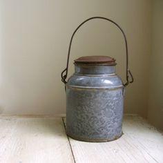 vintage graniteware milk can