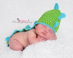 Items similar to Crochet Dino hat on Etsy Diaper Covers, Main Colors, Crochet Baby, Trending Outfits, Baby Things, Handmade Gifts, Hats, Products, Kid Craft Gifts