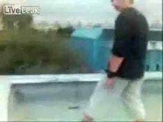 Русский паркур Вот и допрыгался - http://videonotes.ru/mir-pozitiva/russkij-parkur-vot-i-doprygalsya.html