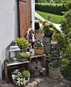 Chabby Chic, Ladder Decor, Pond, Home And Garden, Backyard, Spring, Outdoor Decor, Plants, Home Decor