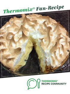 Recipe Lemon Meringue Pie to die for! by Hotlips, learn to make this recipe easily in your kitchen machine and discover other Thermomix recipes in Desserts & sweets. Lemon Recipes, Sweets Recipes, Cooking Recipes, Recipes Dinner, Pie Recipes, Best Lemon Meringue Pie, Lemon Curd, Thermomix Desserts, Kitchens