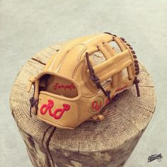 Build your custom glove at Gloveworks.net #Baseball