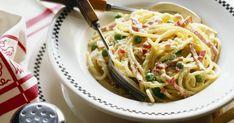 Kommst du zum Essen? Es gibtSchinken-Käse-Sahne-Soße! Einfach unglaublich lecker! Carp, Spaghetti, Ethnic Recipes, Food, Just Amazing, Chef Recipes, Food Food, Essen, Common Carp