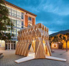 Galería de ORIGAMI interviene Logroño con una estructura que se autosostiene para Concéntrico 03 - 27