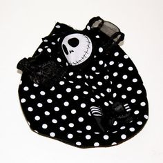 Black and white polka dot Mini Hat Fascinator by HarmonyWalker, $15.00 Fascinators, Baby Shoes, Polka Dots, Black And White, My Style, Mini, Hats, Black White, Hat