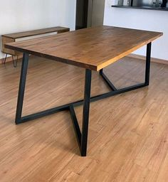 8 Cheap Things to Maximize a Small Bedroom (Read more. Diy Furniture Sofa, Diy Furniture Building, Space Saving Furniture, Metal Furniture, Furniture Vintage, Furniture Design, Rustic Table, Rustic Decor, Rustic Industrial Furniture