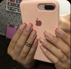 Discovered by $HAYLA🍒. Find images and videos on We Heart It - the app to get lost in what you love. #naildesigns #nailartdesigns Square Acrylic Nails, Best Acrylic Nails, Acrylic Nail Designs, Painted Acrylic Nails, Minimalist Nails, Nail Swag, Aycrlic Nails, Coffin Nails, Square Nail Designs