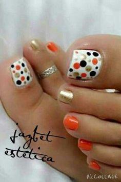Installation of acrylic or gel nails - My Nails Pretty Toe Nails, Cute Toe Nails, Hot Nails, Fancy Nails, Toe Nail Art, Black Toe Nails, Nice Nails, Manicure E Pedicure, Pedicure Ideas