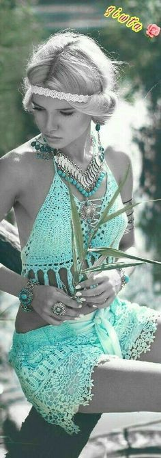 ╰☆╮Boho chic bohemian boho style hippy hippie chic bohème vibe gypsy fashion indie folk the . Boho Gypsy, Boho Hippie, Bohemian Mode, Bohemian Style, Bohemian Fashion, Boho Beach Style, Bohemian Clothing, Modern Hippie, Vintage Clothing