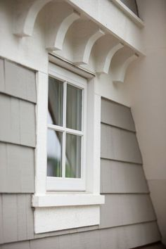 exterior details, hamptons shingle style homes Window Trim, Cottage Style, Cottage Exterior, Shingle Style, Windows Exterior, Shingle Style Homes, Hamptons House, Exterior Design, Exterior Trim