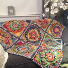 Susan Pinner: SPINNING TOP BLANKET CAL 2017 ALL IN ONE POST