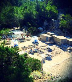Elige Utopía Chiringuito para darlo todo en Ibiza