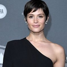 Gemma Arterton shows off new cropped hairdo on Graham Norton show     Gemma Arterton