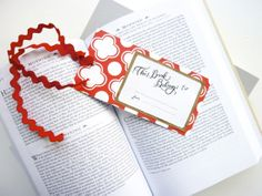 Free printable bookmarks and bookplates. :-)  cute!