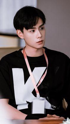 Suho, China Movie, A Love So Beautiful, Korean Art, Kdrama Actors, Cute Actors, Chinese Boy, Blackpink Lisa, Asian Boys