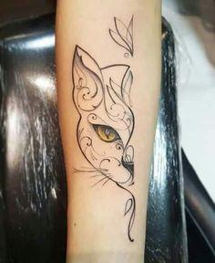 Tattoo gato meia face - tattoos - - Katzen / Cat - Katzen World Cat Face Tattoos, Kitten Tattoo, Body Art Tattoos, Small Tattoos, Tatoos, Animal Tattoos, Cute Cat Tattoo, Make Tattoo, I Tattoo