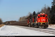 RailPictures.Net Photo: CN 2112 Canadian National Railway GE C40-8 (Dash 8-40C) at Fairlane, Minnesota by Nick Hart