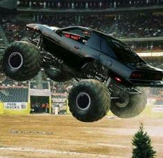Kitt in beast mode Big Trucks, Chevy Trucks, Monster Jam, Monster Trucks, Kitt Knight Rider, Dukes Of Hazard, Pontiac Firebird Trans Am, Movie Cars, Jesus Saves