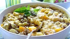 Mince and Butternut Pasta Bake recipe Baked Pasta Recipes, Baking Recipes, Spaghetti Pie, Pasta Bake, Weeknight Meals, Pasta Dishes, Family Meals, Favorite Recipes, Lunch