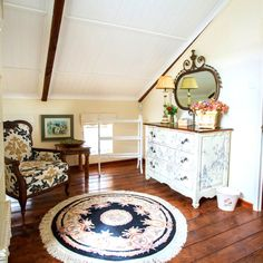 If you're a fan of antique furniture, then the classy décor at The Barn in Napier will make your heart skip a beat! Antique Furniture, Furniture Decor, Bedroom Carpet, Furniture Inspiration, Entryway Tables, Bedrooms, Barn, Classy, Mirror